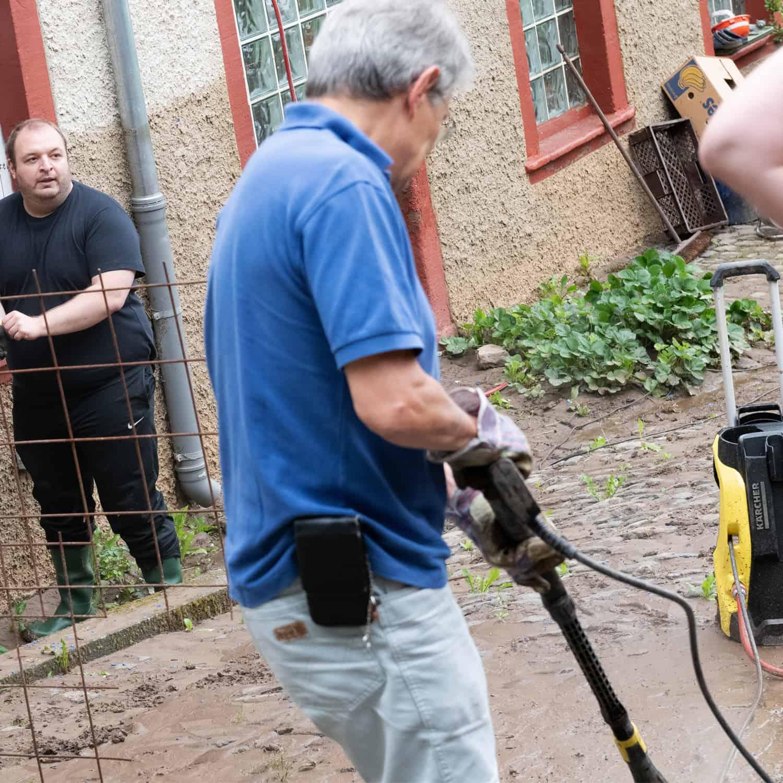 AfD Hochwasserhilfe - Arbeitseinsatz